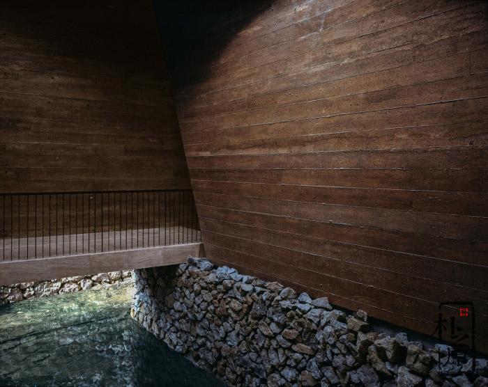 现代夯土墙饰面