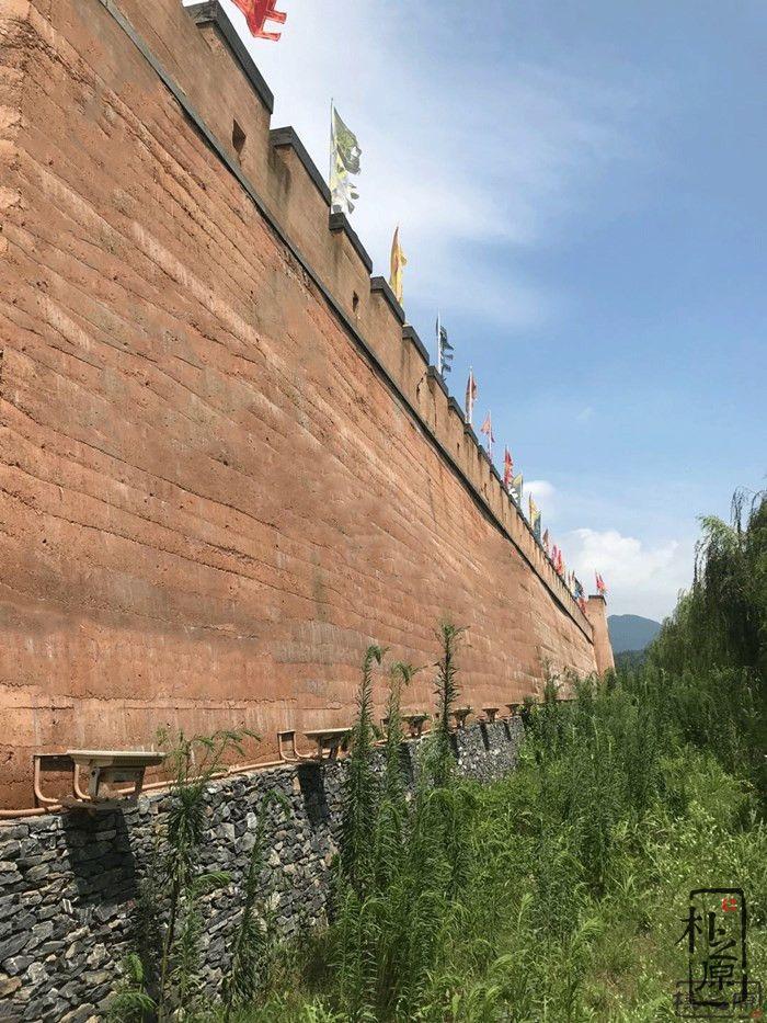 夯土墙高度
