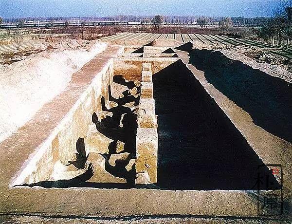 郑州西山夯土墙城址