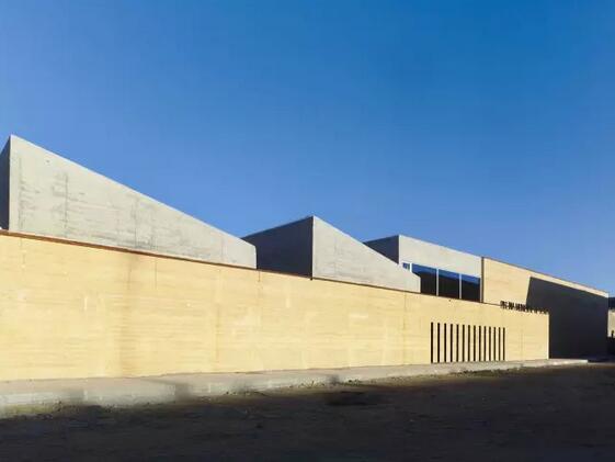 夯土墙建造:天然无琢的盛世美颜