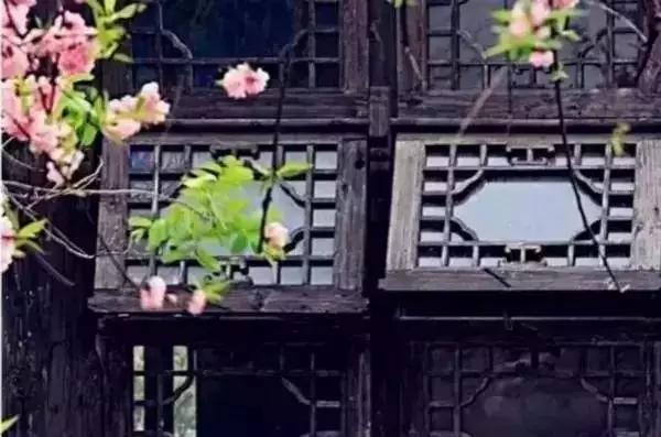 夯土墙窗户
