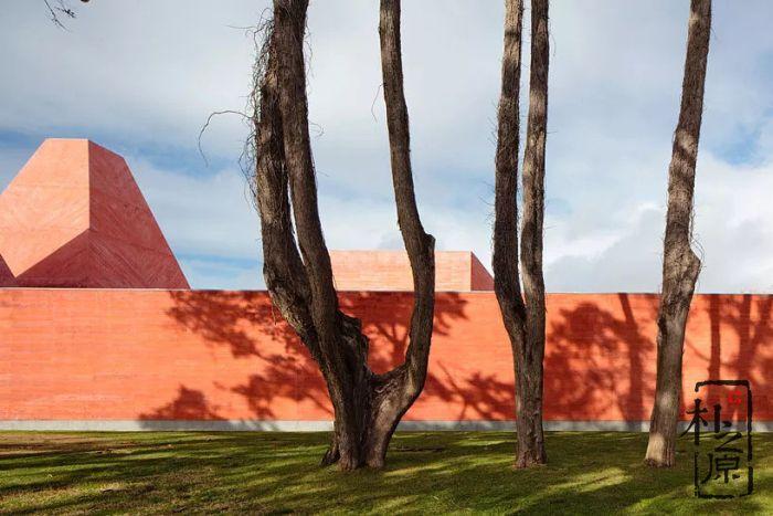 大师德·莫拉:清水混凝土博物馆
