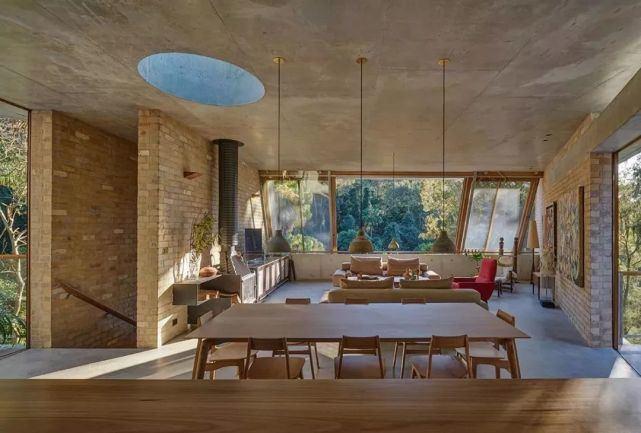 家,清水混凝土与砖混搭
