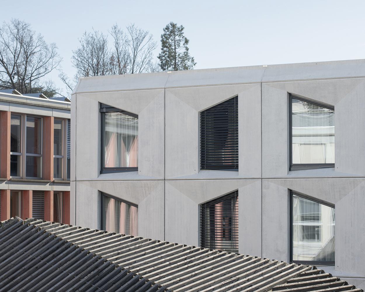 工业仓库设计改造清水混凝土酒店