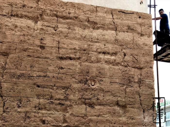 朴之原夯土墙   建筑肌理研究院为莒国古城献力量
